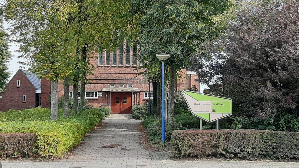 Kerk tussen de Dijken, Nij Altoenae